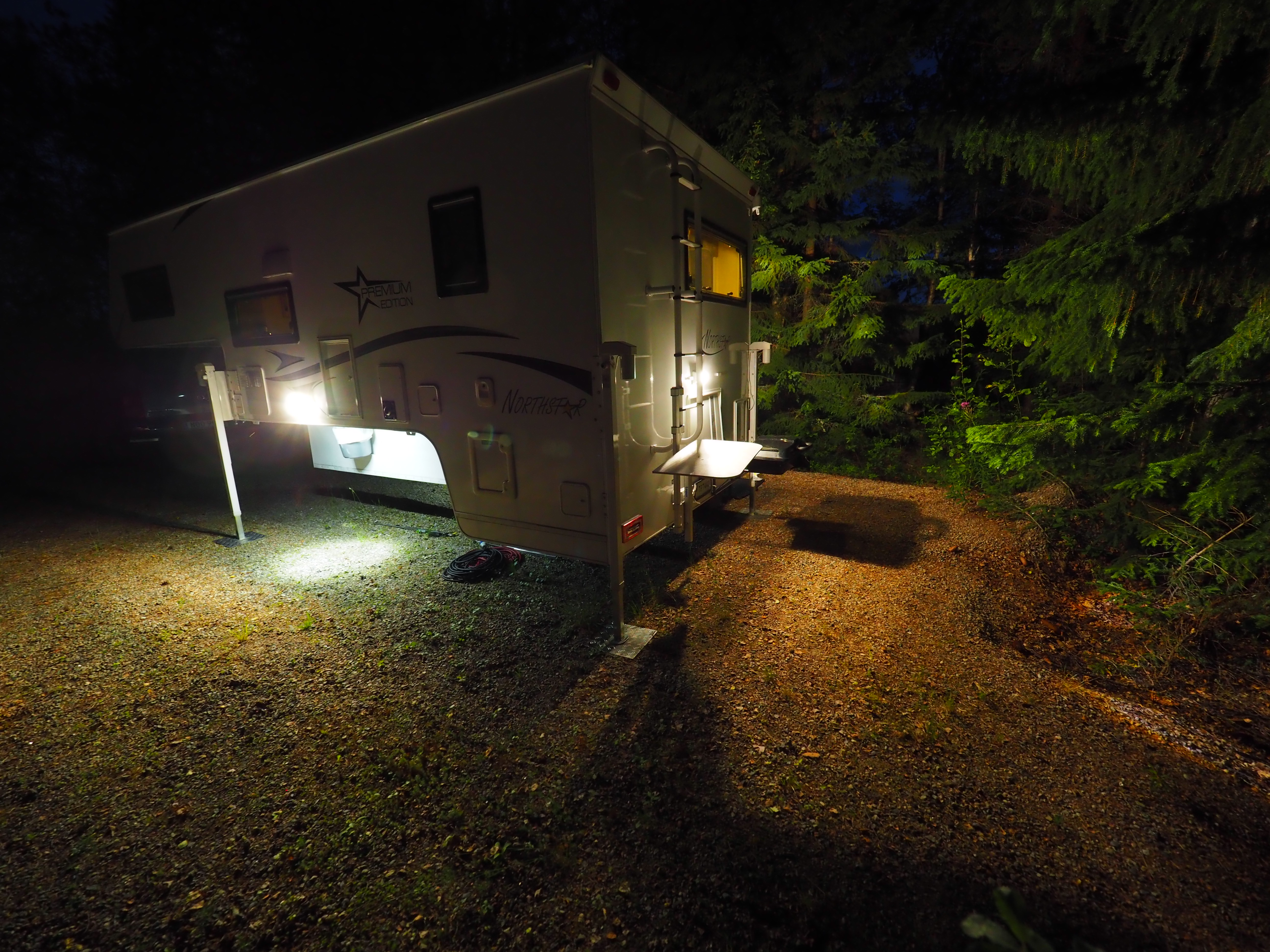 pickup camper sverige